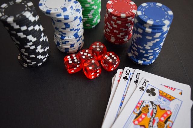 Le nombre de joueur autour d'une table de poker